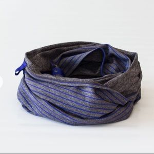 Lululemon vinyasa wrap, blue and gray